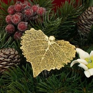 Idea Regalo Natale 2020 Ciondolo vera foglia di Cotone cesellato oro