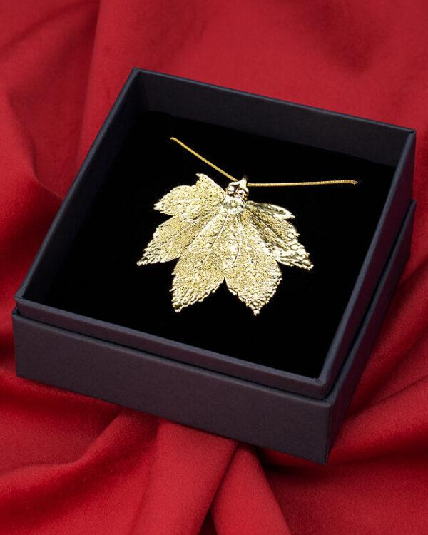 ciondolo foglia acero full moon oro luxury box