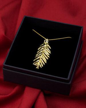 ciondolo foglia di abete oro luxury box